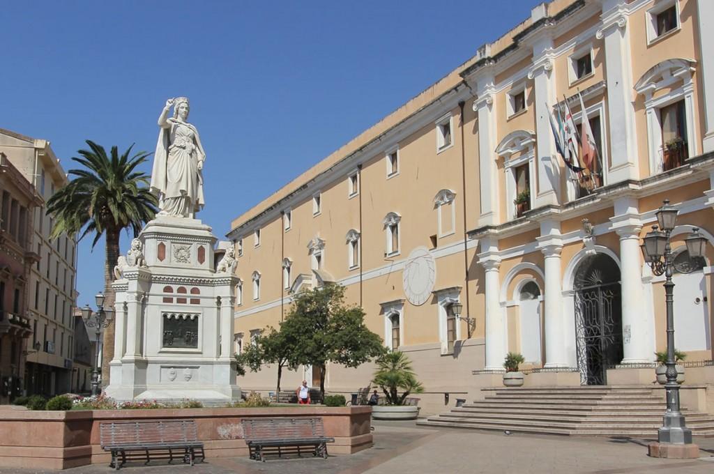 palace-hotel-mariano-iv-oristano-sardegna-piazza
